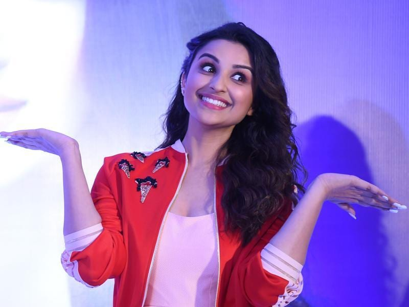 Parineeti Chopra looked so cute (CUTE!!!) at a recent event promoting an ice cream brand in New Delhi, we just  couldn't handle it. (AFP)