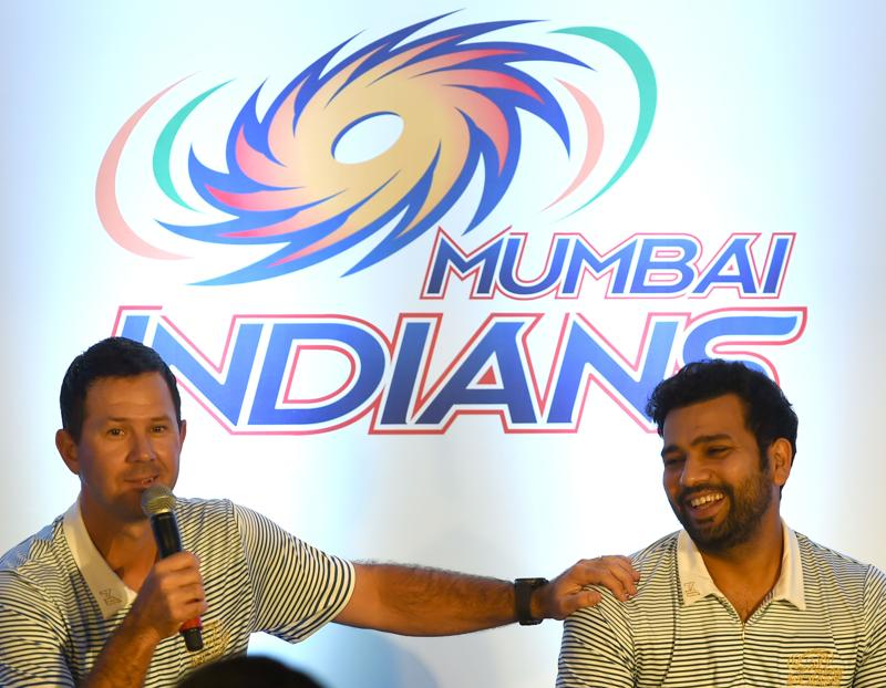 Mumbai Indians coach Ricky Ponting (L) and captain Rohit Sharma at a press conference. (AFP)