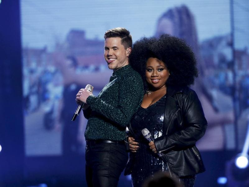 Singers Trent and La'Porsha perform during the American Idol finale. (REUTERS)