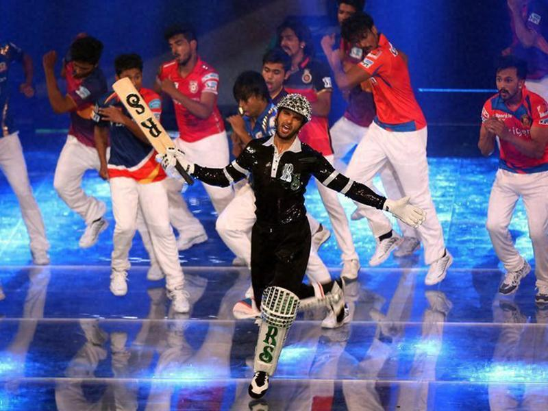 Actor Ranveer Singh gave an energy-packed performance on the dancing tracks from his popular movies such as Ram Leela, Gunday and Bajiro Mastani. (PTI)