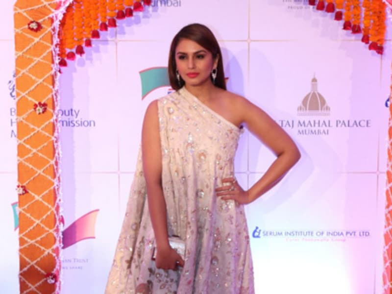 Huma Qureshi reaches for the charity gala in Mumbai. (Twitter)