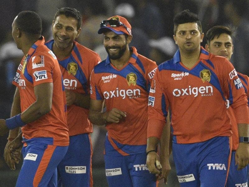 Gujarat Lions celebrates the victory against Kings XI Punjab. (Keshav Singh/HT Photo)