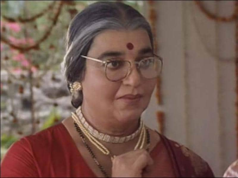 A master of disguise, Kamal Haasan has played a lovable granny, a US president and a vertically-challenged man, among other roles, with aplomb, thanks to stupendous prosthetic make-up. Here's his look from Chachi 420.