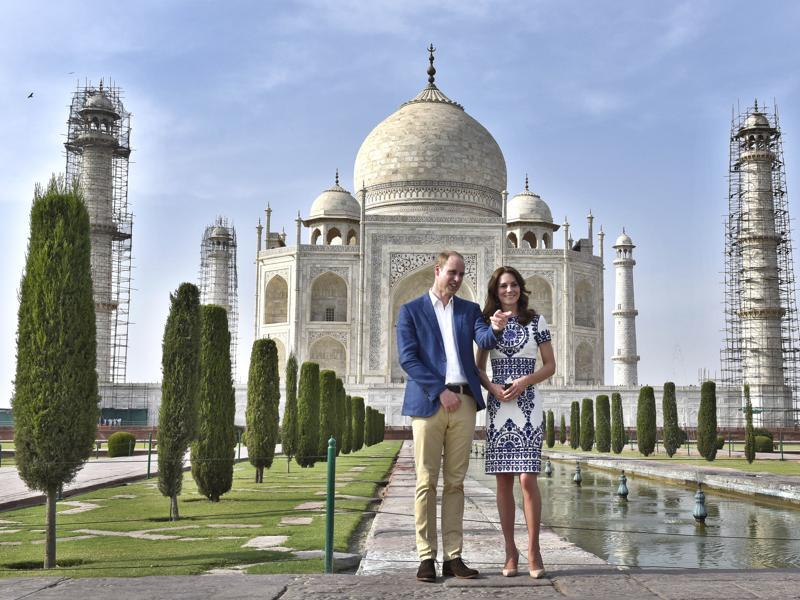 Britain's Prince William, and his wife, Kate, the Duchess of Cambridge, during their visit to the Taj Mahal. ( Ajay Aggarwal/ HT Photo)