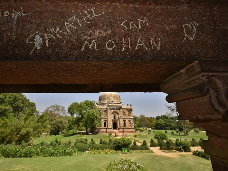 But our efforts to protect these structures seem to be lacking. This scribbling across walls of Lodhi Tomb in Lodhi Garden speaks for the bitter truth. (Raj K Raj/HT Photos )