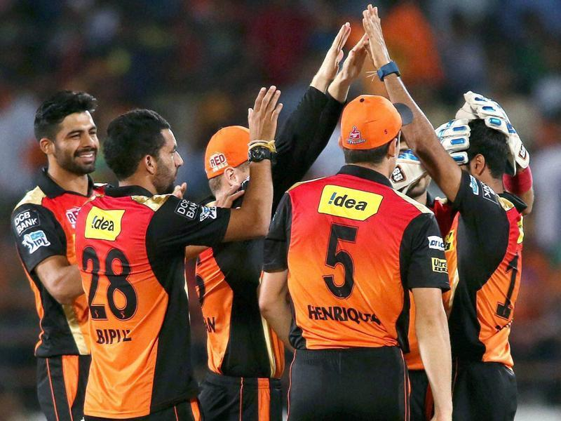 Bhuvneshwar Kumar of Sunrisers Hyderabad is congratulated for dismissing Aaron Finch of Gujarat Lions. (PTI Photo)