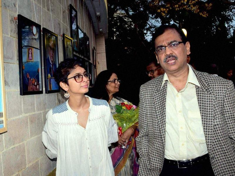 Public prosecutor Ujjwal Nikam and Bollywood filmmaker Kiran Rao during the closing ceremony of photo exhibition of The Blue Icon in Mumbai. (PTI)
