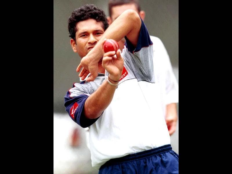Sachin has also remained a rather handy part time slow bowler for India. Darren England/Allsport. Getty Image.