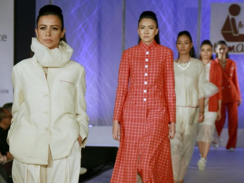 Most of the designs on display were classic, chic and wearable, while having that added touch of the desi fabric. (IANS)