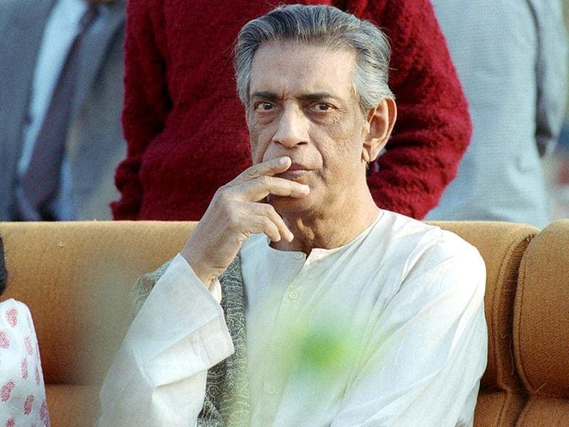 Veteran filmmaker and artist Satyajit Ray's contribution to Indian films is unmatched. The award-winning filmmaker's first film Pather Panchali won eleven international prizes, including the inaugural Best Human Document award at the 1956 Cannes Film Festival.  He was also honoured with the Bharat Ratna in 1992. On his birth anniversary today, we bring you a lesser-known side of the eminent filmmaker.