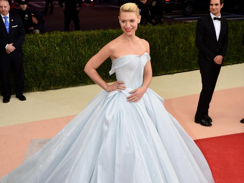 Claire Danes looks like  a Disney princess in this sweeping gown, which seems to illuminate from within. (AFP)