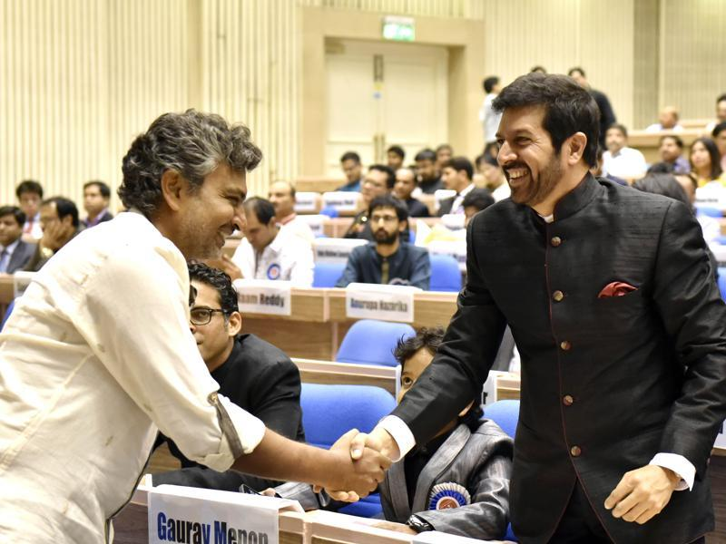 SS Rajamouli and Kabir Khan seen during the National Film Awards presentation ceremony at Vigyan Bhawan in New Delhi. (Ajay Aggarwal/HT Photo)