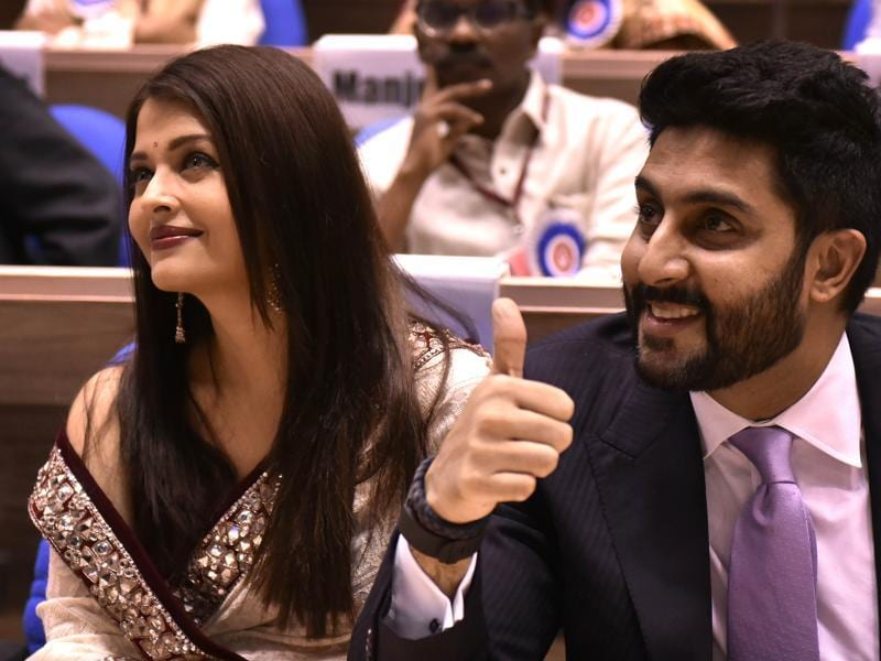 Aishwarya Rai Bachchan and Abhishek Bachchan during the 63rd National Film Awards function in New Delhi . (Ajay Aggarwal/HT Photo)