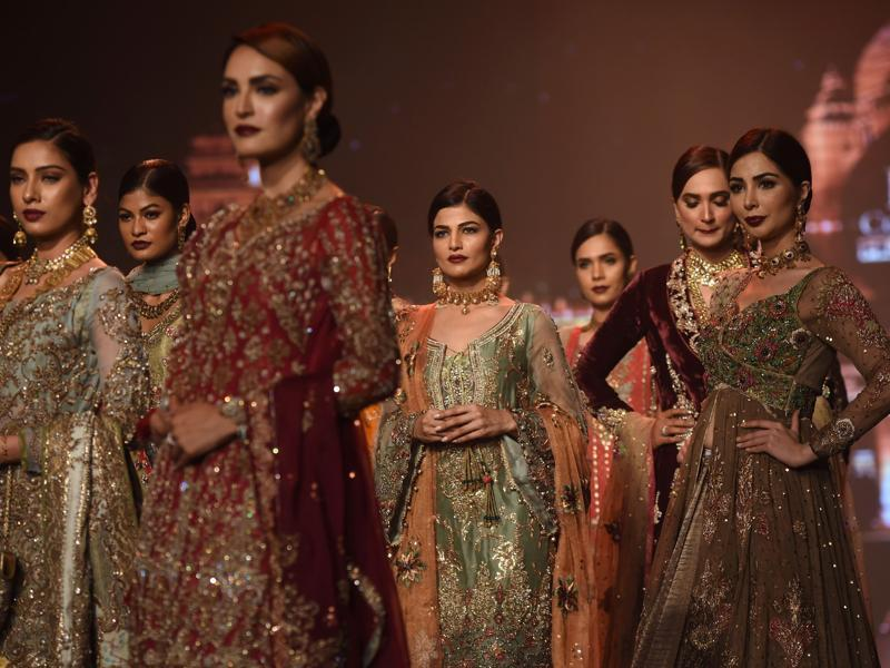 Marie Antoinette to Jodha Bai: Bridal Couture Week 2016 in Karachi was a compendium of princess-y fairy-tale fantasies. Take a look at all the dreamy outfits. (AFP)