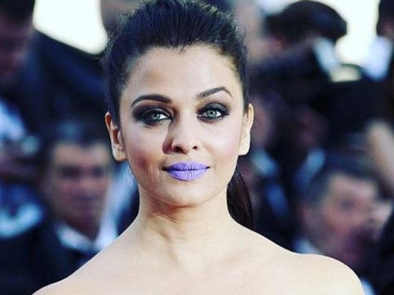 Sheer gown, bold lips for the win! Owning this motto is Aishwarya's look on her finale day (Sunday) where she appeared on the red carpet with her Sarbjit team. For all those who complained about Aishwarya playing too safe all these year, this is her answer. (Instagram)