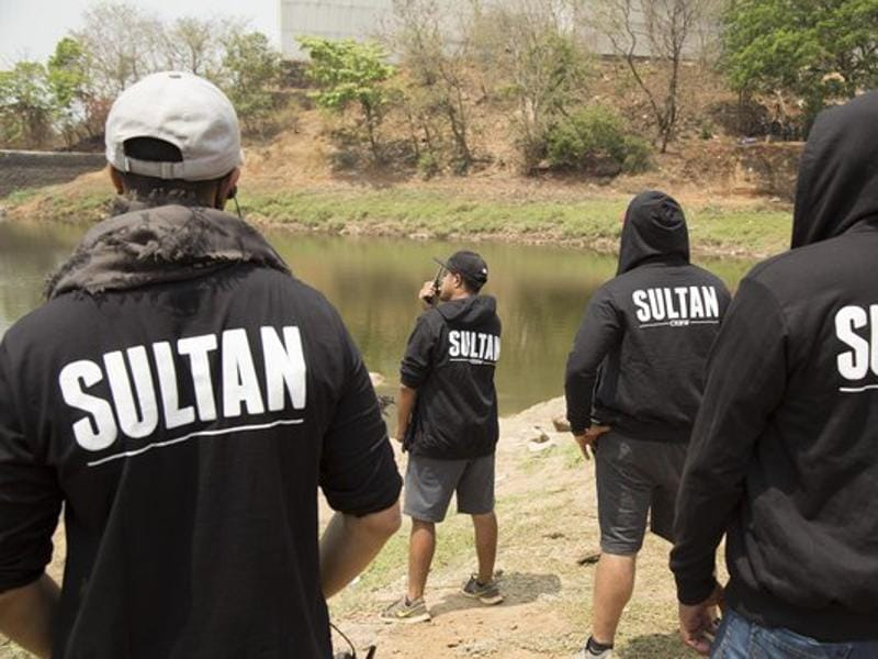Sultan team flaunts the hoodies gifted by Salman. (Twitter)