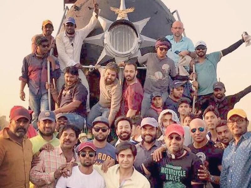 Team Sultan poses for a picture on the sets in Punjab. (Twitter)