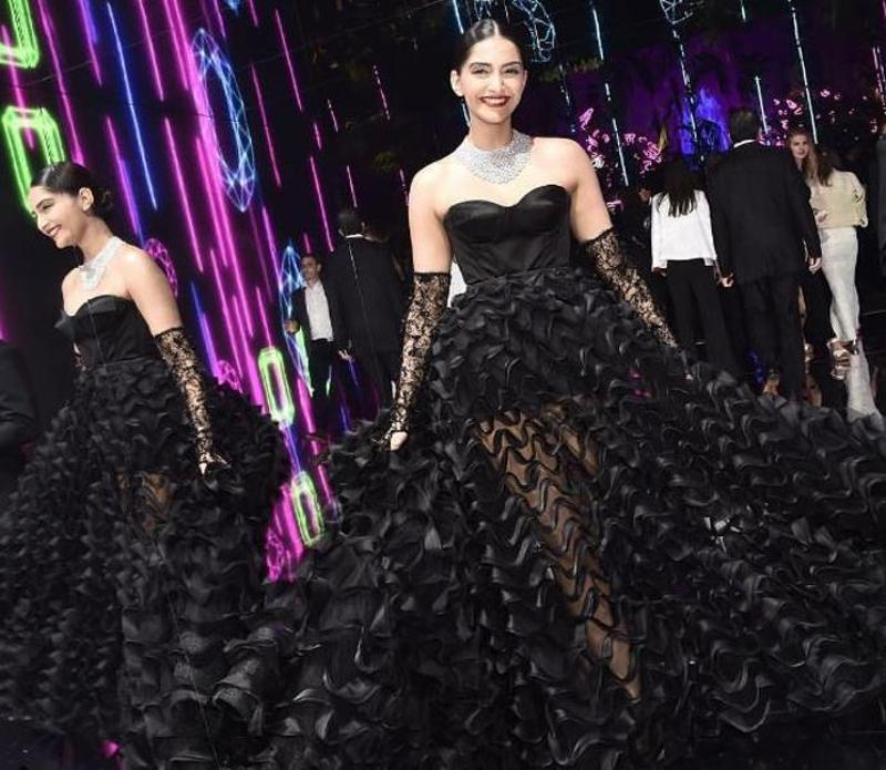 Sonam looked stunning in a black strapless dress by Ralph & Russo that she wore for the Chopard party on May 16. (Instagram/Sonam Kapoor)