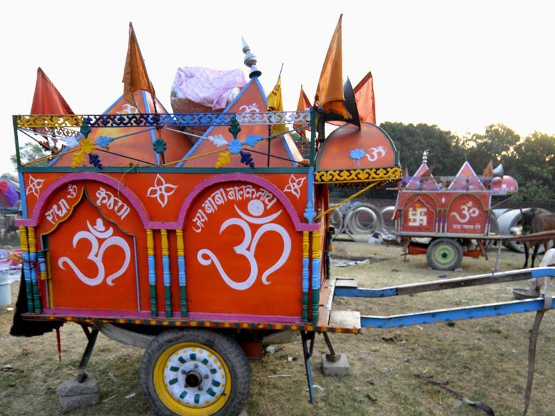 The art on the carts is done in Shirdi.  (Ravi Kumar/HT Photo)