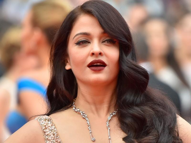 Aishwarya Rai Bachchan: She wowed the red carpet with a sumptuous gown accessorized with a Halo Delilah necklace from Boucheron. (AFP)