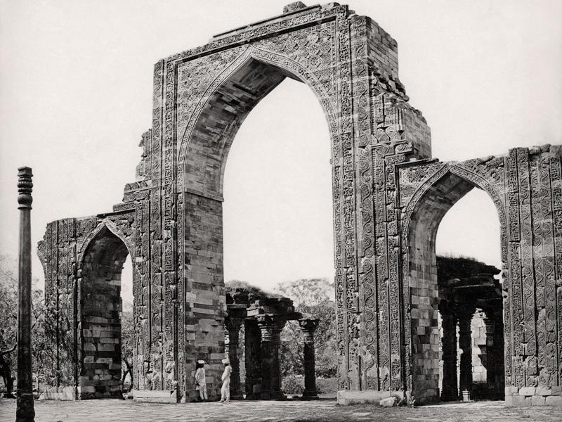 Delhi, The Great Arch and the Iron Pillar at the Qutub Minar; Samuel Bourne, c. 1860. (Courtesy MAP/Tasveer)