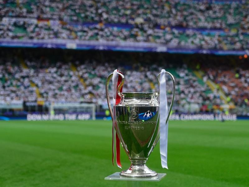A picture taken on May 28, 2016 shows the Uefa Champions League trophy prior to the final football match between Real Madrid and Atletico Madrid at San Siro Stadium in Milan.  (AFP Photo)