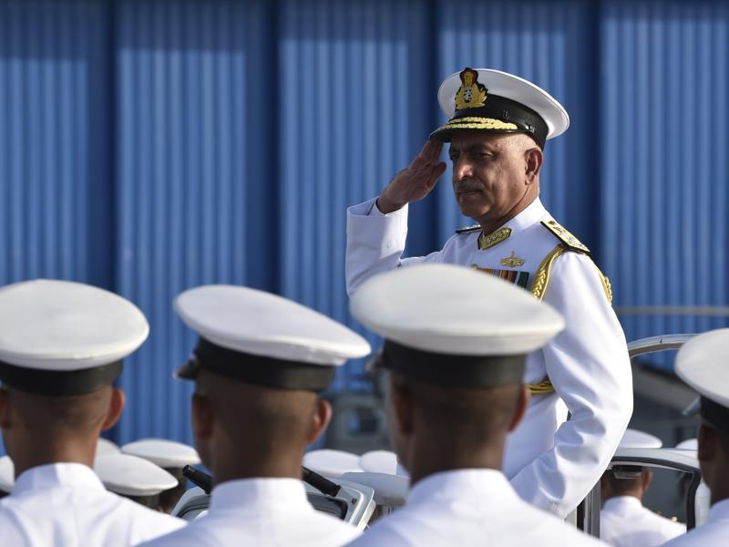 Vice Admiral Girish Luthra takes charge as flag officer commanding-in-chief,Western Naval Command at INS Shikra in Mumbai on Monday, May 30, 2016.  (Anshuman Poyrekar)