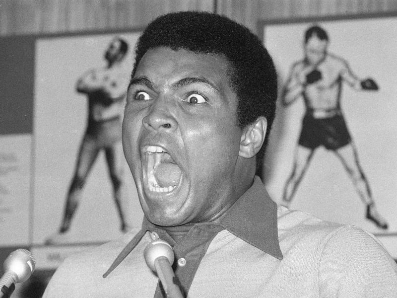 Boxer Muhammad Ali yells during a news conference in New York. (AP photo)