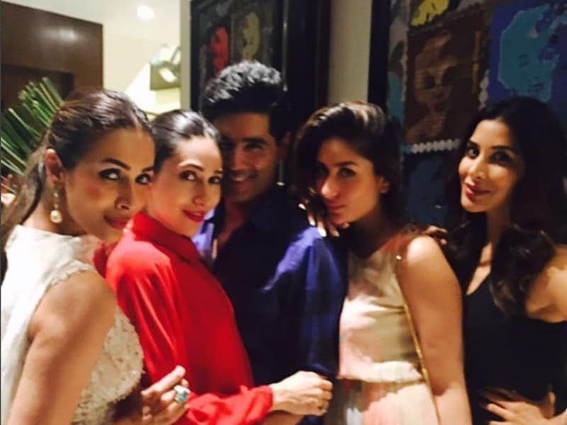 Malaika Arora Khan, Karisma Kapoor, Manish Malhotra, Kareena Kapoor Khan and Sophie Choudry party together in Mumbai. (Instagram)