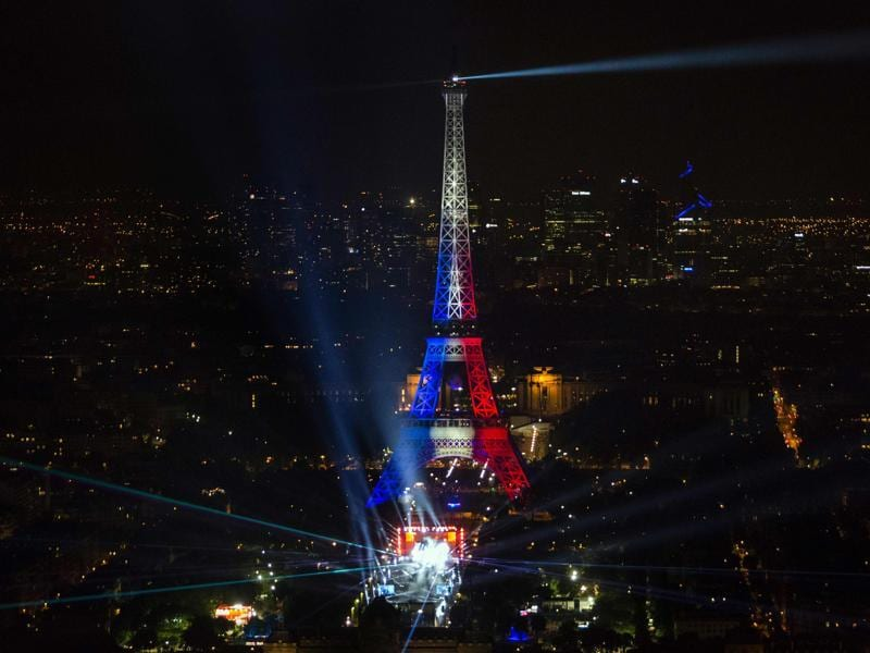 A concert for the opening of Euro 2016 takes place next to the Eiffel Tower in Paris on June 9, 2016. (AFP)