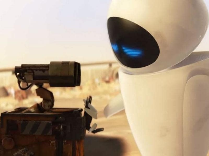 8. WALL-E: Everyone who tried to speak like WALL-E and Eva after watching the movie raise your hands. Everyone who cried their eyes out when he lost his memory and couldn't recognize his soulmate, raise your hands. Only Pixar can make us shed tears on the love story of robots. (Youtube)