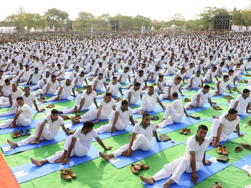 This year, PM Narendra Modi will celebrate the day by performing yoga in Chandigarh with 1,500 other participants.  (Keshav Singh/HT Photo)