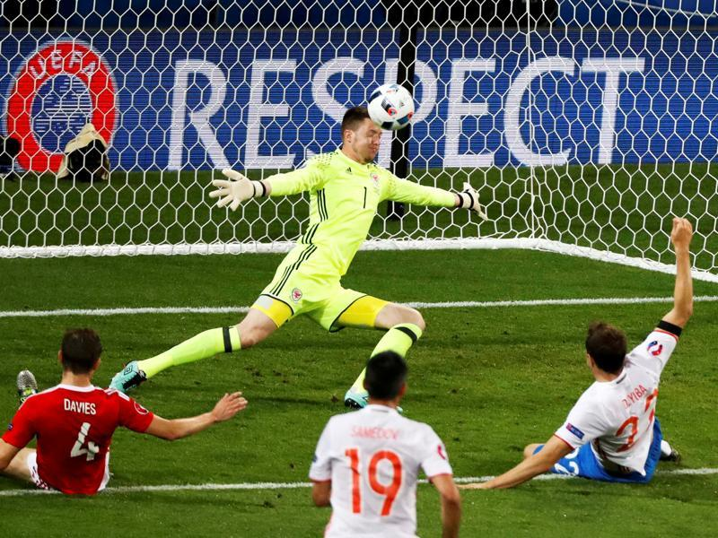 Wales' goalkeeper Wayne Hennessey makes a save during their Group B clash against Russia.  (Reuters Photo)