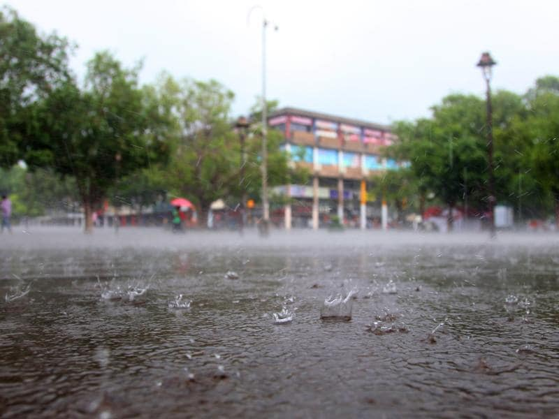 Heavy rainfall at the Sector-17 plaza in Chandigarh on Wednesday. (Anil Dayal/HT)