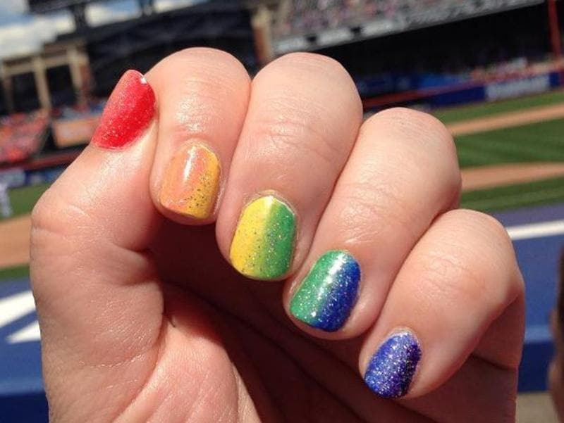 Taking in the Mets-Royals game at Citi Field on her nails. (Instagram/nailbrag)