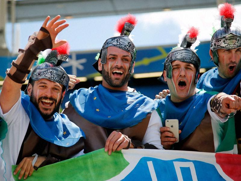 Italy supporters dressed as Roman soldiers cheer on the stands prior to the Group E match between Italy and Sweden at the Stadium municipal in Toulouse, France, on June 17, 2016.  (AP PHOTO)