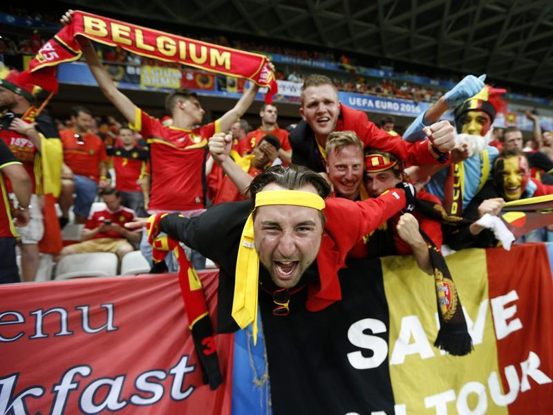 Belgium fans celebrate their 1-0 win over Sweden in the Euro 2016 group E match at the Allianz Riviera stadium in Nice. (AFP Photo)