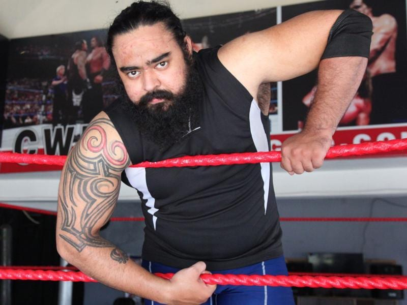 Super Khalsa: He is Inderpreet Singh, 24, powerlifter and bodybuilder from Jalandhar who has even got his entry music done professionally.  (Anil Dayal/HT Photo)