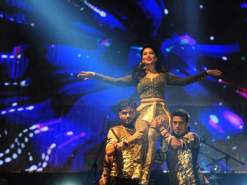 Sunny Leone mesmerised the audience with her performance in Chennai.  (AFP)