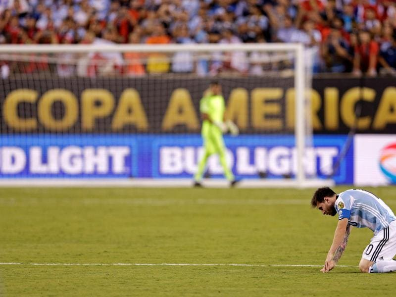 Argentina midfielder Lionel Messi (10) reacts during a shoot out against Chile in the championship match of the 2016 Copa America Centenario soccer tournament at MetLife Stadium.  (REUTERS)