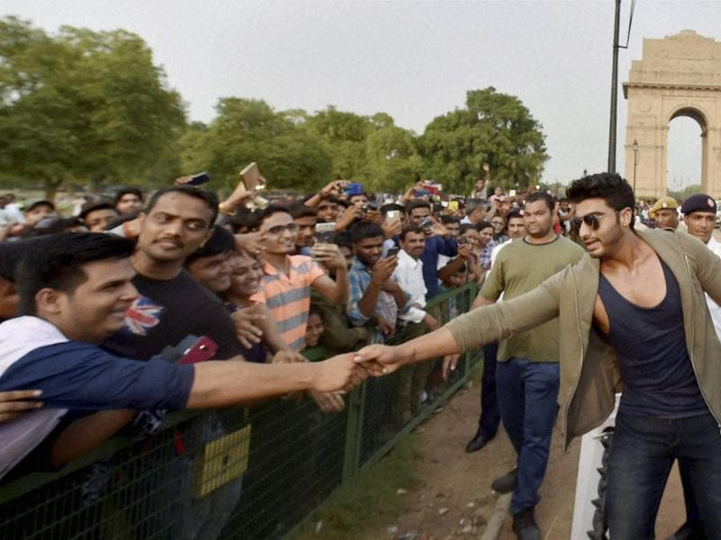 Fans were super excited to meet Arjun Kapoor at at India Gate in New Delhi on Tuesday when he participated in an event organised by Delhi Traffic Police. (PTI)