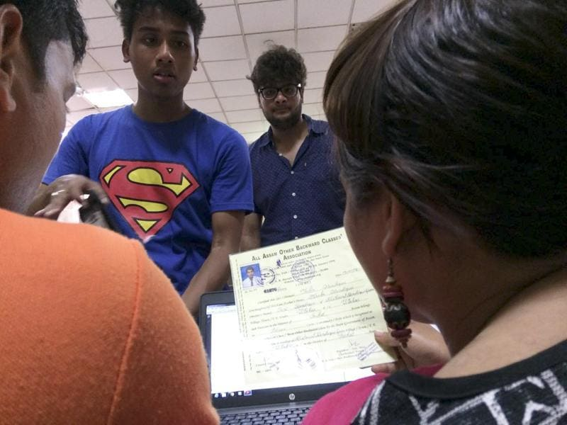In case the applicant makes it to a college of her choice in the second list, she should first go to the college, make sure she is eligible and then withdraw admission from the first college. (Saumya Khandelwal / HT Photo)