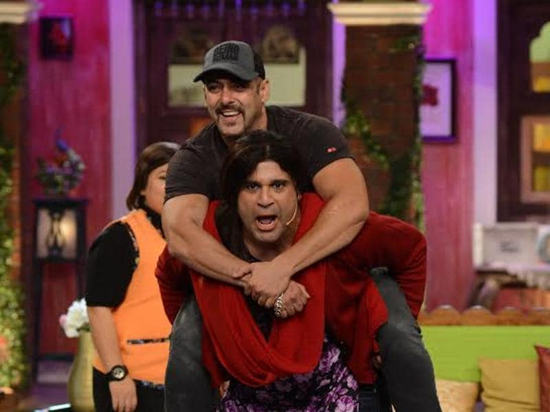 Krushna Abhishek proves he is strong - he lifts Salman Khan on his show. (COLORS)