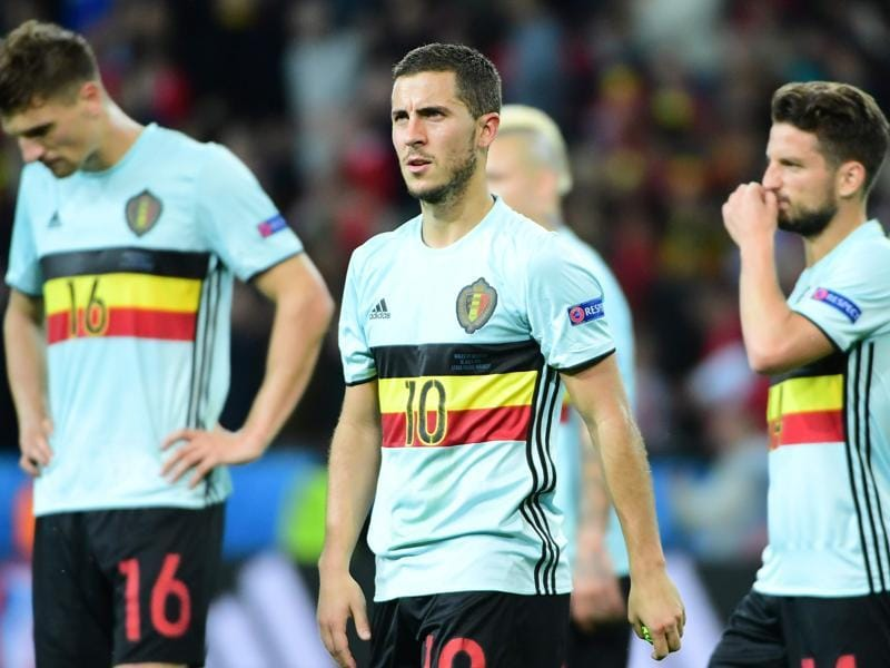 Belgium's forward Eden Hazard (centre) reacts after the Euro 2016 quarterfinal football match between Wales and Belgium at the Pierre-Mauroy stadium in Villeneuve-d'Ascq near Lille. (AFP Photo)
