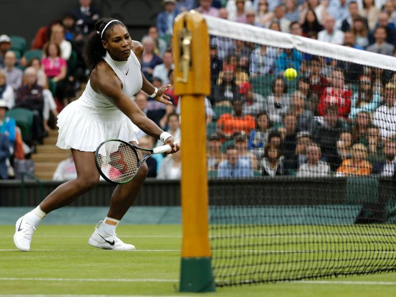 Serena Williams returns to US player Christina McHale during their women's singles second round match on the fifth day of the 2016 Wimbledon Championships at The All England Lawn Tennis Club in Wimbledon, southwest London. (AFP Photo)
