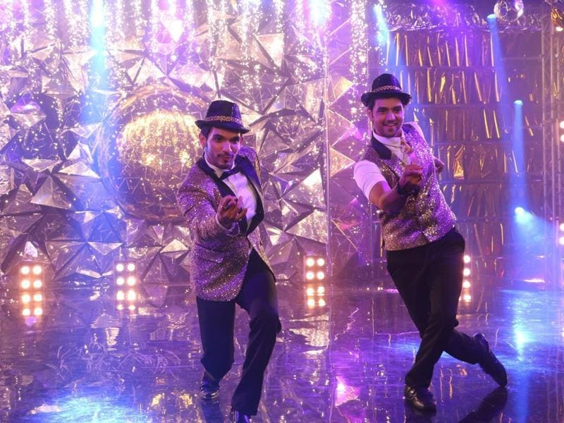 Popular TV actors Arjun Bijlani and Shakti Arora will also be seen on the show. (Colors TV)