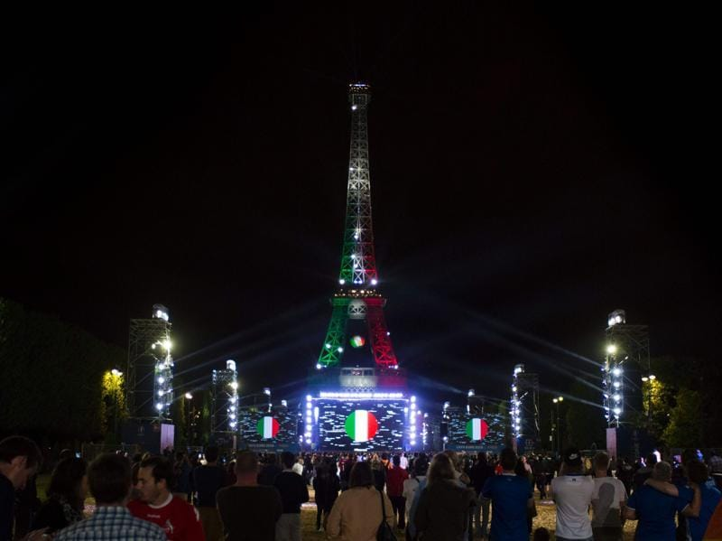 The Eiffel tower is adorned in the colours of the Italian flag in Paris after the Germany-Italy Euro 2016 quaterfinal match. (AFP Photo)