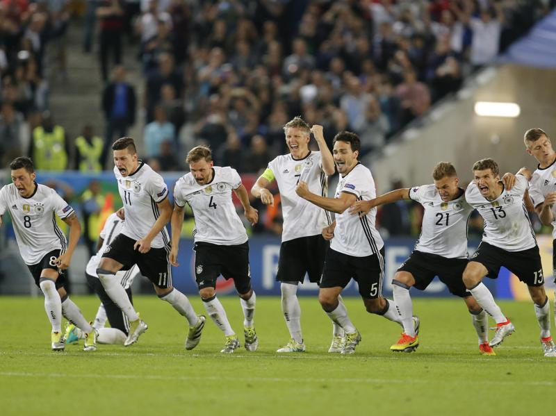The German team celebrate after winning the Euro 2016 quarterfinal match between Germany and Italy, at the Nouveau Stade in Bordeaux, France. (AP Photo)