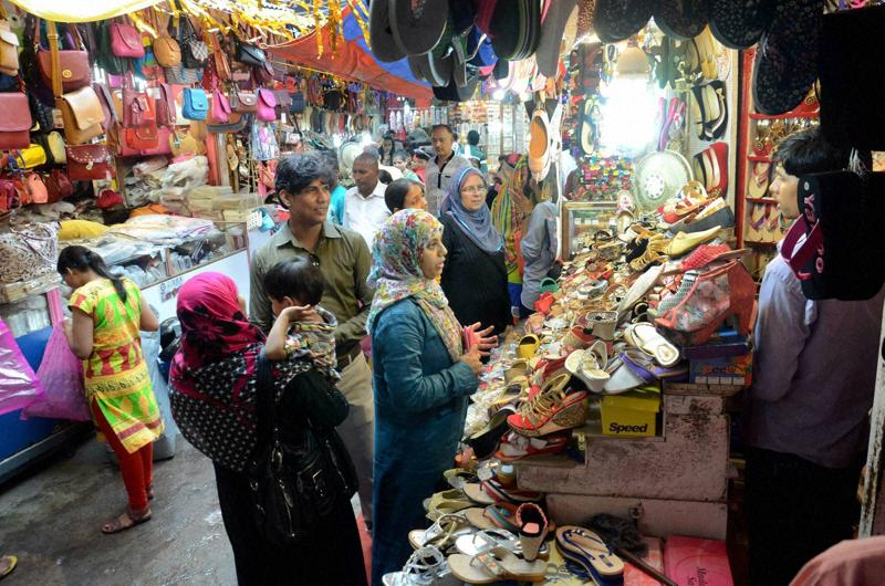 Patna: Muslims shop for Eid festival in Patna on Sunday.  (PTI)