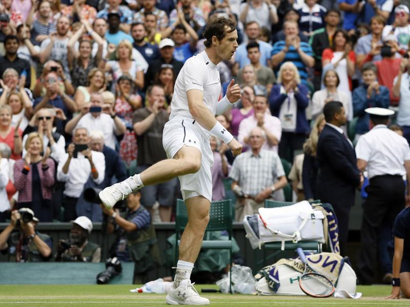 Andy Murray celebrates after beating Nick Kyrgios in their men's singles match. (AP Photo)